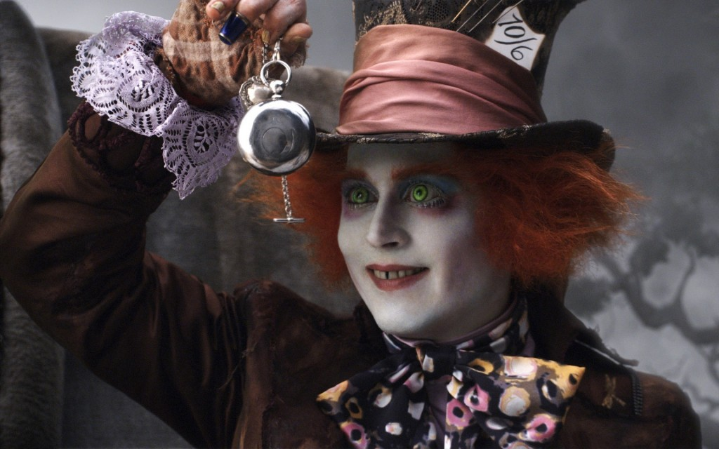 alice-in-wonderland-mad-hatter-johnny-depp-pocket-watch-HD-Wallpapers