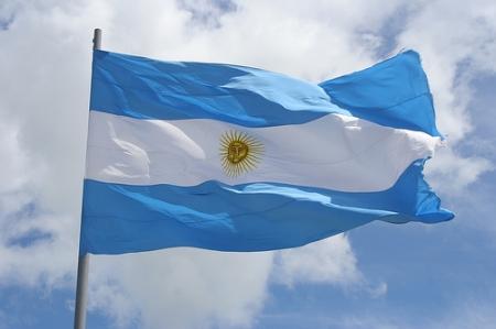 bandera_argentina_flameando