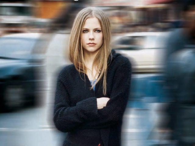 Historia de una obsesión, mi amor por Avril Lavigne #PuertAbierta